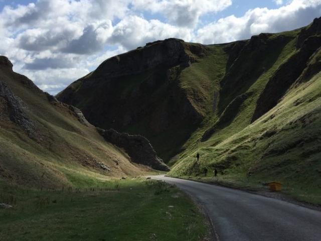 Winnat's Pass, Derbyshire
